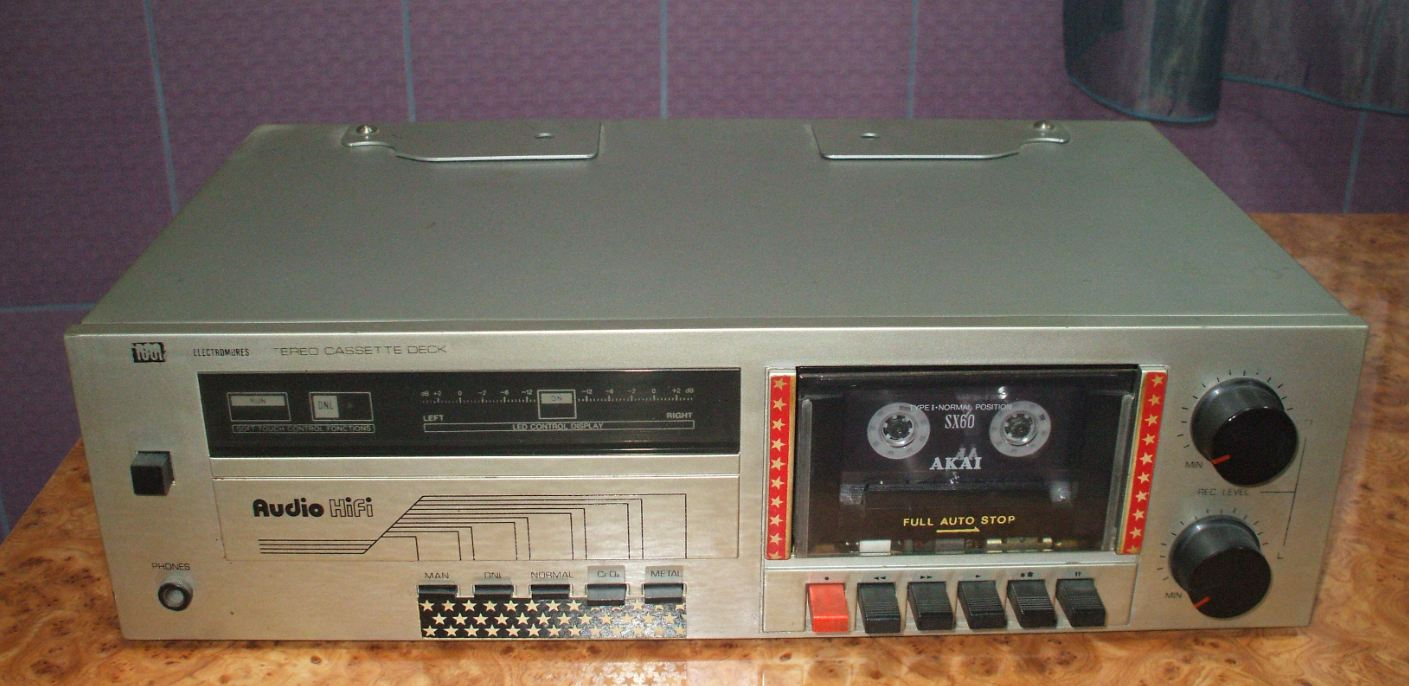 Stereo Cassette  Deck EM 2002 ELECTROMURES