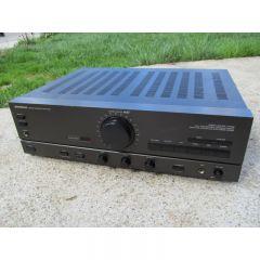 Amplificator UNIVERSUM V4315 2x75W