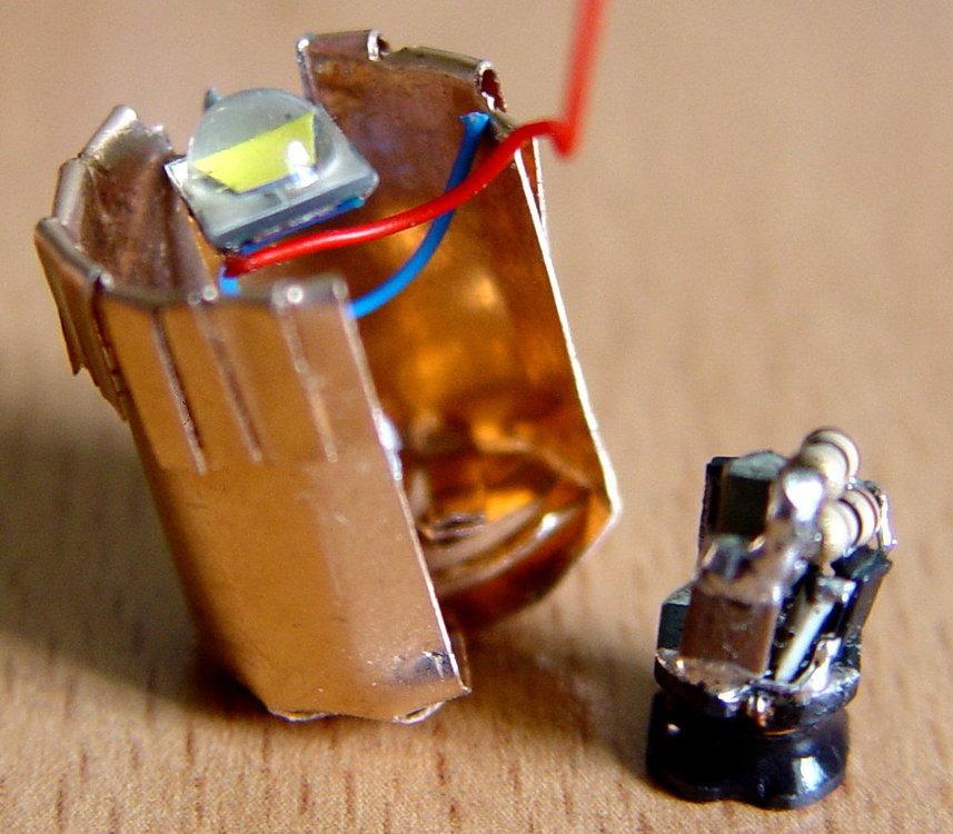led3.thumb.jpg.93d3a40f1c4cabacb3c06ae02979b508.jpg