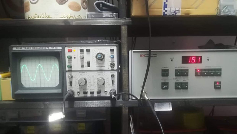 18,1V RMS  1000Hz 8 ohmi.jpg